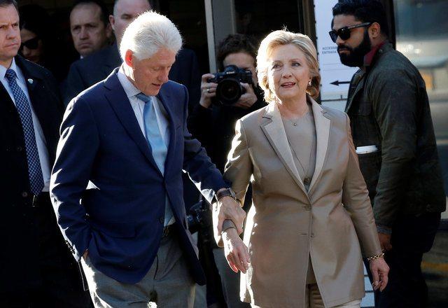 Los escándalos que persiguieron a Hillary Clinton durante el proceso electoral