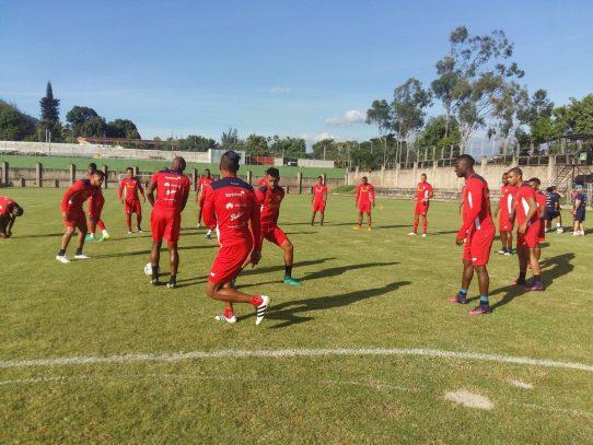 Selección de Panamá afina detalles para enfrentar a su similar de Honduras