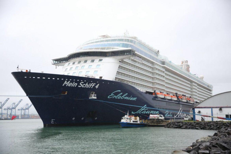 Puerto Colón 2000 recibe al crucero Mein Schiff 4 de la línea alemana TUI Cruises