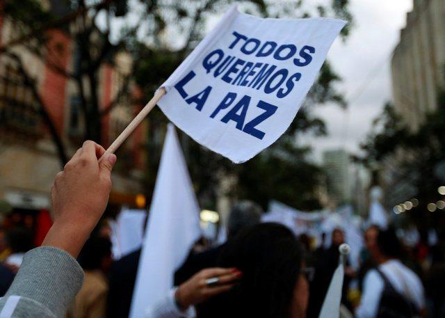 Justicia de paz pide a FARC reiterar compromiso con acuerdo en Colombia
