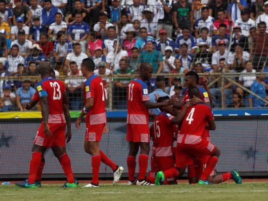 Panamá debuta con buen pie en la hexagonal y derrota a Honduras 1-0