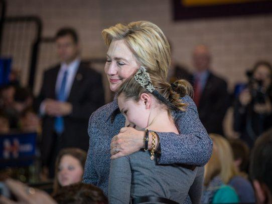 Tuit de Hillary Clinton suena a derrota