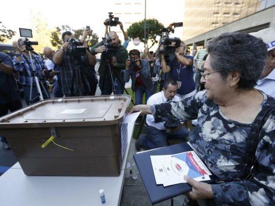 Los hispanos que cambiaron el modo de hacer política en Estados Unidos