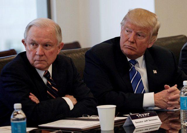 Trump nombra a senador Sessions  fiscal general y a congresista Pompeo en CIA