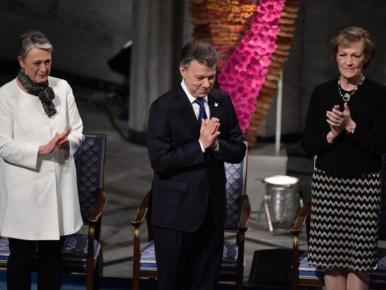 Santos recibe el premio Nobel de la Paz en Noruega