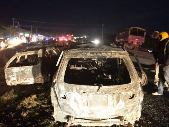 30 muertos tras accidente y explosión de camión cisterna en Kenia