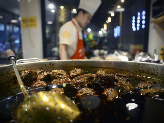 Cabezas de conejo, centro de la gastronomía de la provincia china de Sichuan