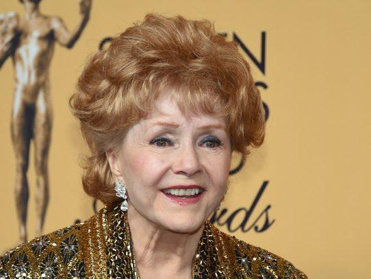 Actriz Debbie Reynolds muere un día después de su hija Carrie Fisher
