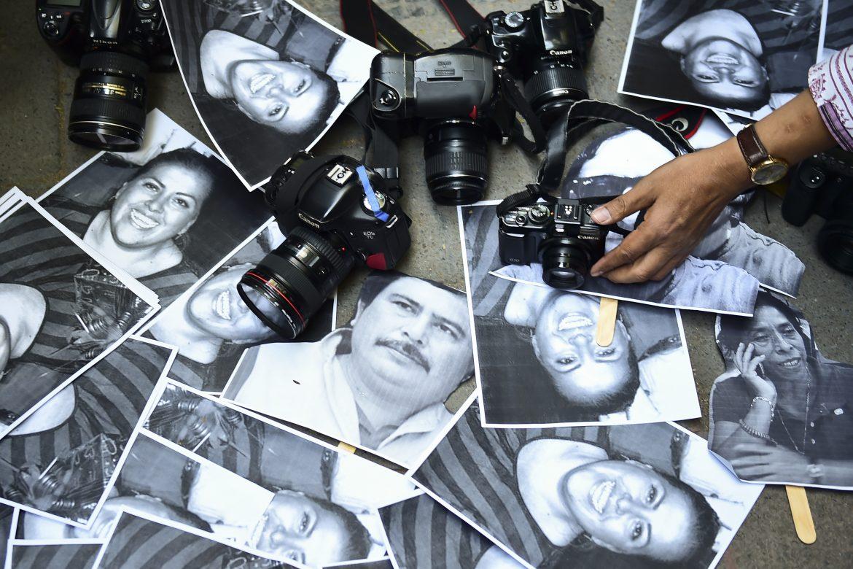 París exige liberación de 2 periodistas franceses detenidos en Venezuela