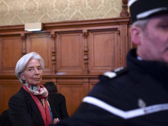 Christine Lagarde enfrenta la justicia de Francia por 'negligencia'