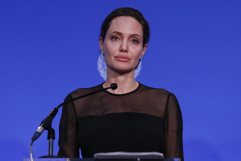Angelina Jolie pide a Birmania cesar la persecución a los rohinyás