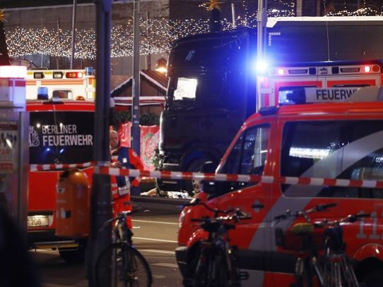 Accidente de tránsito deja nueve muertos en Berlín
