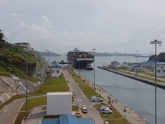 Canal de Panamá bate récord de tonelaje tras un año de la ampliación