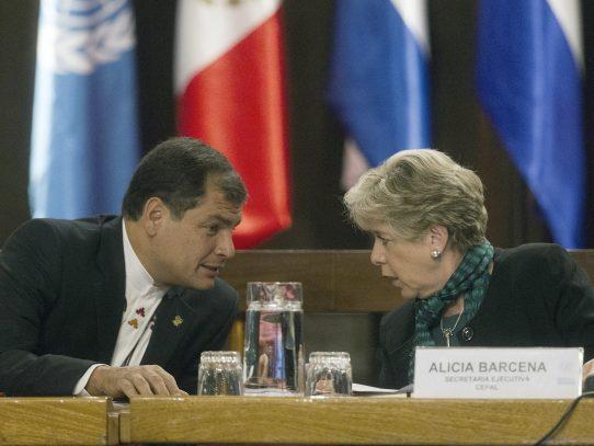 "CEPAL: ""Economía de América Latina se contraerá 1,1% en 2016"""