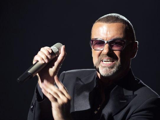 Muere cantante británico George Michael a los 53 años