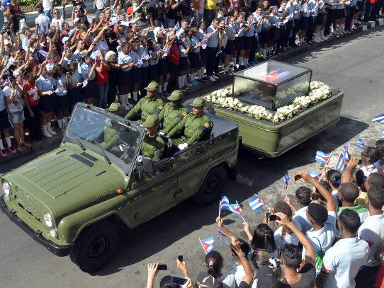 Fidel Castro regresa a Santiago de Cuba, la cuna de la revolución