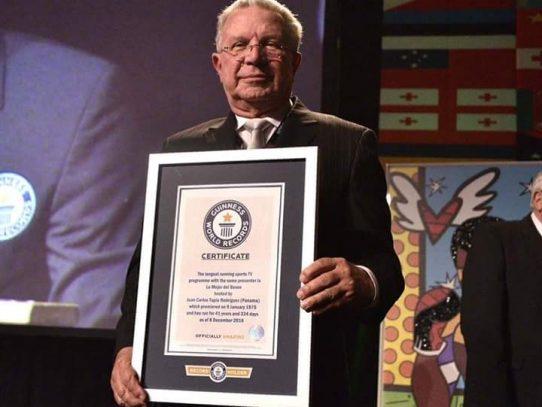 """Juan Carlos Tapia y """"Lo Mejor del Boxeo"""" ganan récord mundial Guinness"""