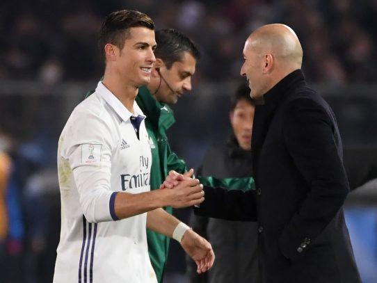 """Zidane quiere que Cristiano Ronaldo """"descanse de vez en cuando"""""""