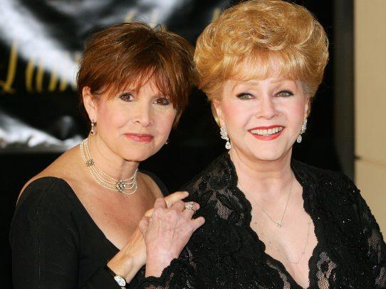 Debbie Reynolds y Carrie Fisher serán enterradas juntas