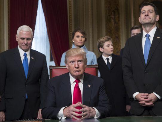 Presidente Trump retira a EEUU del tratado comercial Transpacífico