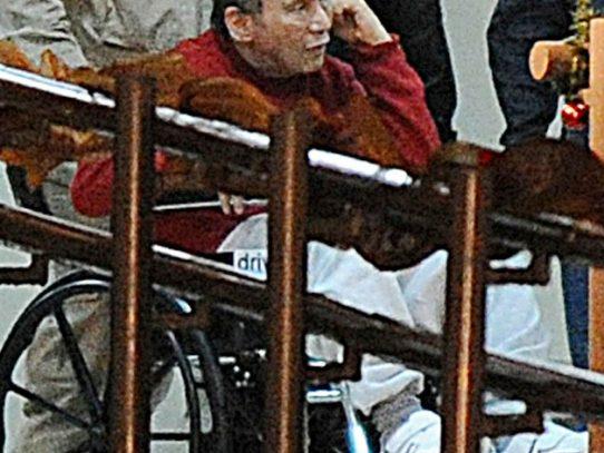 Noriega cumple diez días en estado crítico
