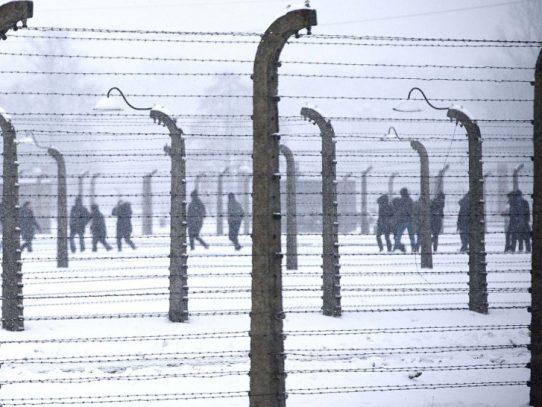 Polonia publica en internet los nombres de 10 mil guardias y SS de Auschwitz