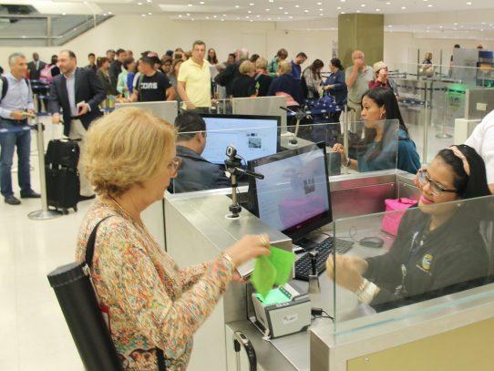 Gobierno suprime requisito de visa de turista  a extranjeros de algunos países de  América, Asia y Europa
