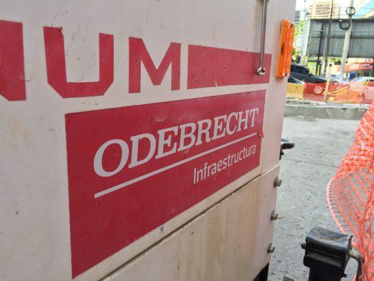 Trabajadores de la empresa Odebrecht, preocupados por sus empleos
