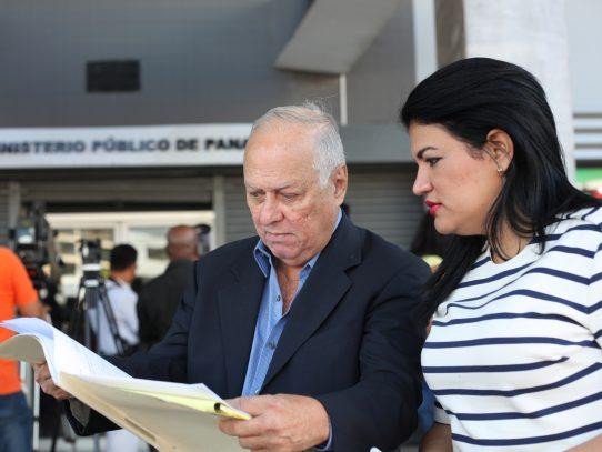 Excontralor Weeden defenderá a Fanuco ante denuncia de acoso sexual