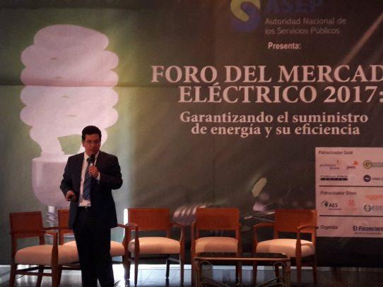 Tercera línea de transmisión eléctrica de Panamá alcanza un 95% de avance