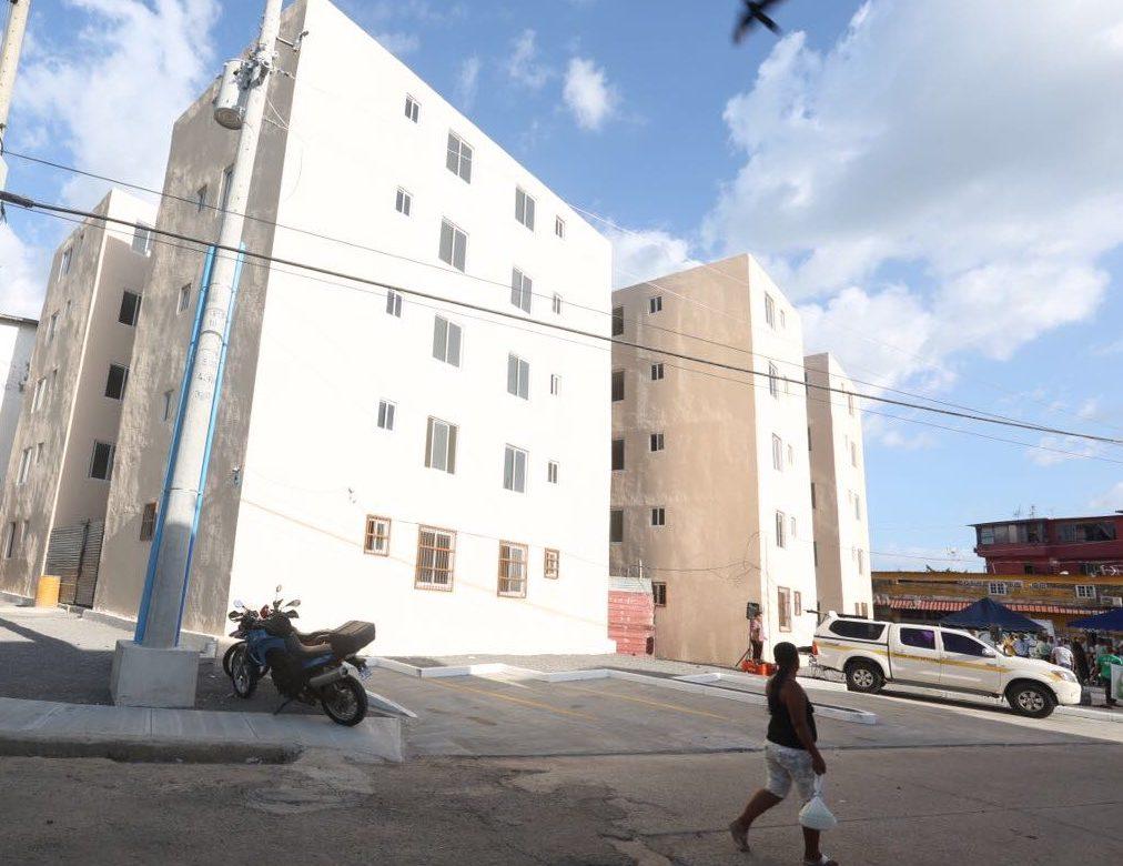 Residentes de El Chorrillo son beneficiados con nuevo complejo habitacional