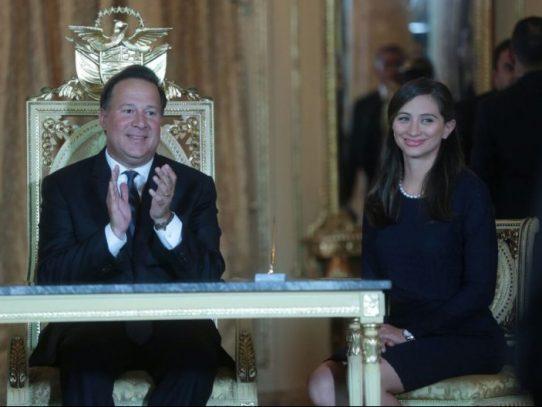 María Luisa Romero asume el cargo como ministra de Gobierno