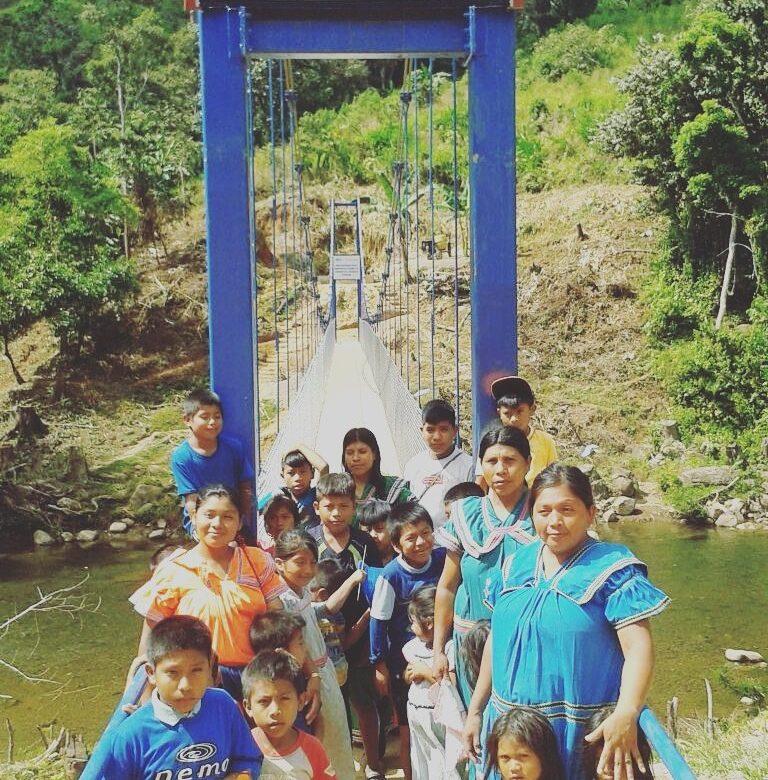 """Inauguran puentes """"Zarzo de Esperanza"""" en comarca Ngäbe Buglé"""