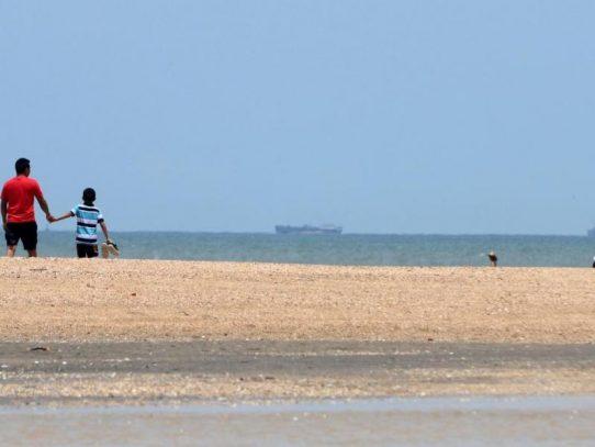 Se levanta la cuarentena total de los domingos y reabren playas