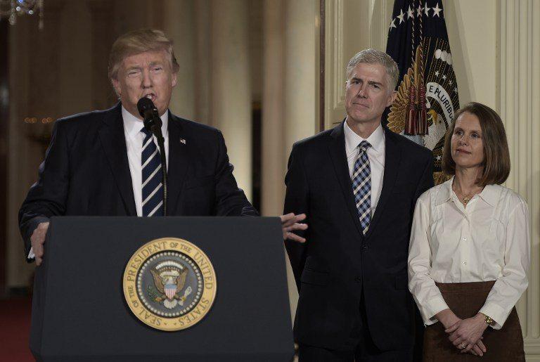 Trump designa a juez conservador en la Corte Suprema