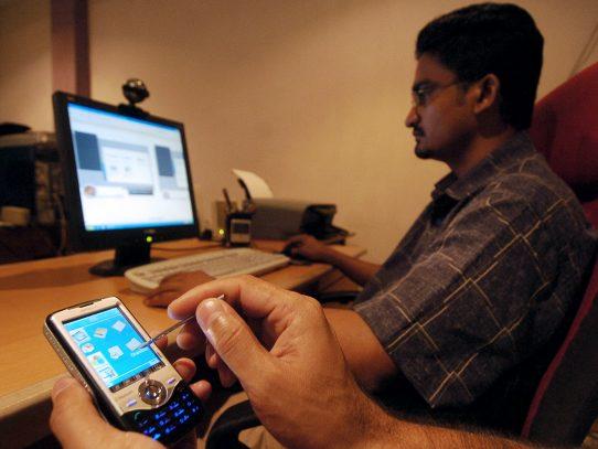 Twitter anuncia medidas contra el acoso en línea