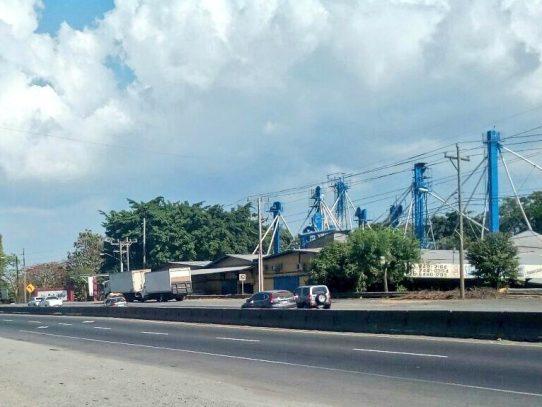 Inicia Operativo de Inversión de carriles del interior hacia Panamá
