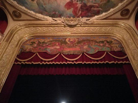 Convocan a licitación primera etapa de restauración del Teatro Nacional