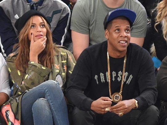 Beyoncé anuncia que espera mellizos con su marido Jay-Z