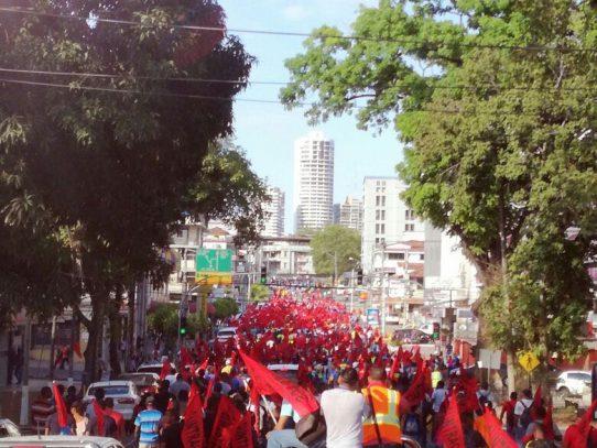 Un Panamá dividido protesta contra la corrupción
