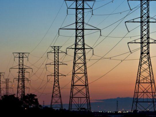 Tarifa eléctrica registrará reducción en el primer semestre de 2021