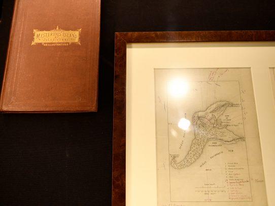 """Subastan en París el mapa de """"La isla misteriosa"""" del escritor Julio Verne"""