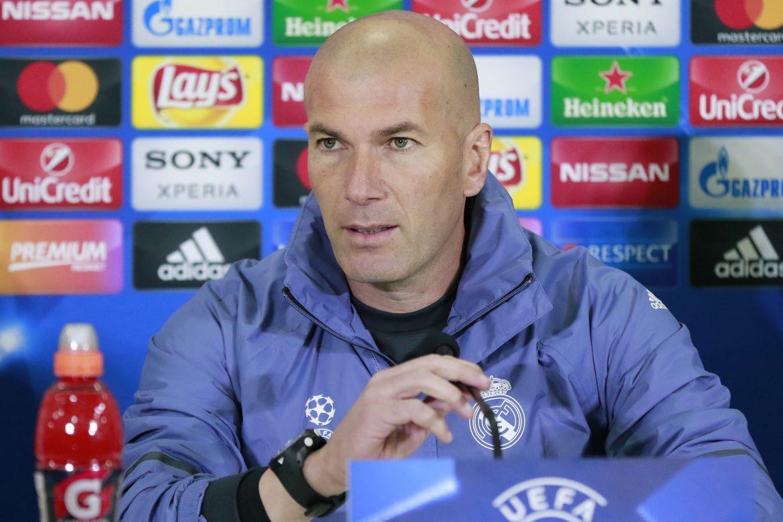 Zidane evita hablar sobre su futuro al frente del Real Madrid