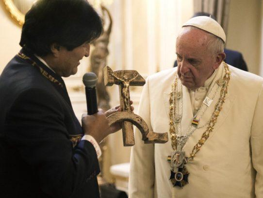 Iglesia en contra de Evo Morales por despenalización del aborto