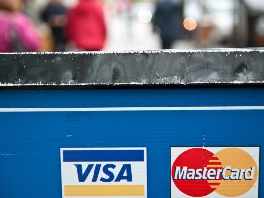 Deudas en tarjeta de crédito alcanzan los 2 mil millones de dólares en Panamá