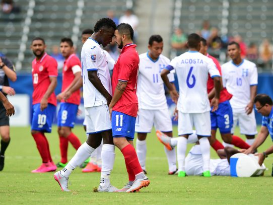 Costa Rica amenaza a Honduras con la victoria el martes