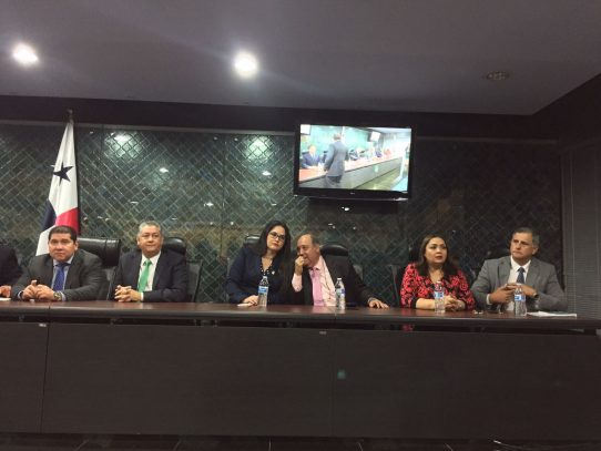 Asamblea Nacional instala comisión para casos de corrupción en Panamá