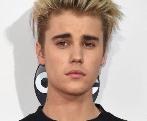 Justicia brasileña cita a Justin Bieber para imponer multa por graffiti