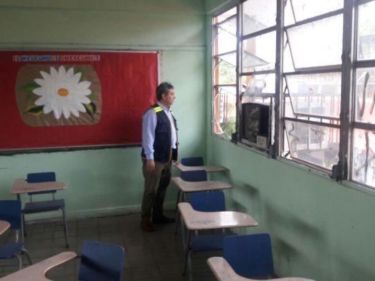 """Defensor del Pueblo: Reparación de escuelas sigue siendo """"talón de Aquiles"""""""