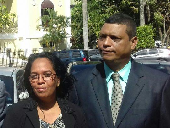Presentan denuncia contra Procuradora, Kenia Porcell